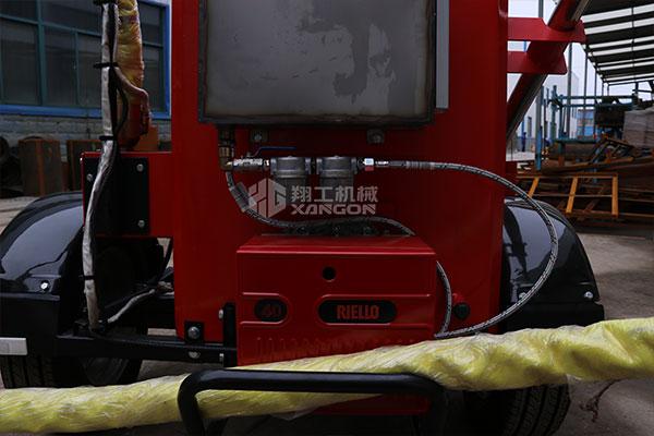 路面灌缝机
